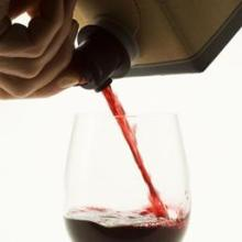 vino-cartone-olycom-kUQ--258x258@IlSole24Ore-Web